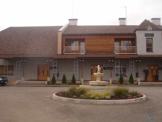 Raganu ligzda Ресторан. Отель