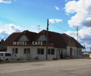 Sumbrs Kafejnīca, motelis