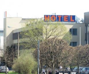 Sky High Hotel