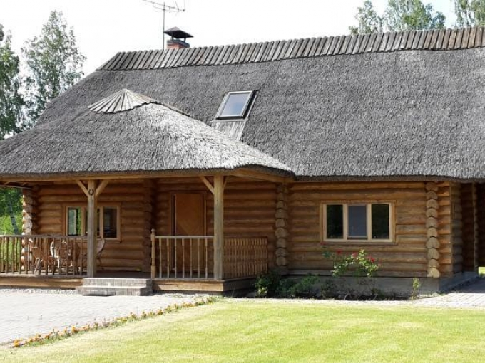 Ezerkrasti Relaxation house