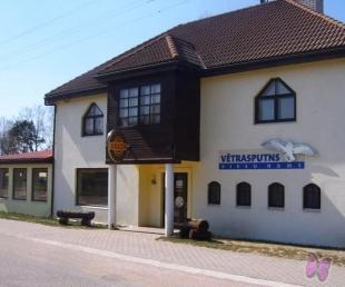 Vetrasputns Guest house,cafe