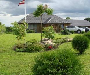 Kuncisi Guest house