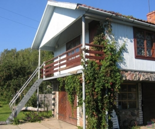 Aizveja Guest house