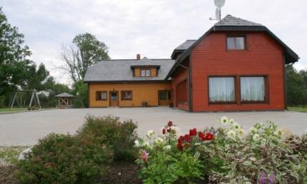 Rītupes Stārķi Viesu nams 40 metrus no Krievijas robežas.