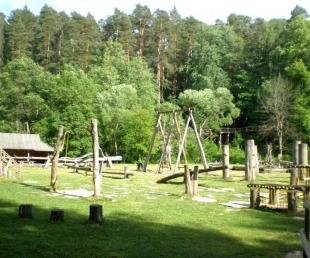 Rotaļu laukums Tērvetes dabas parkā