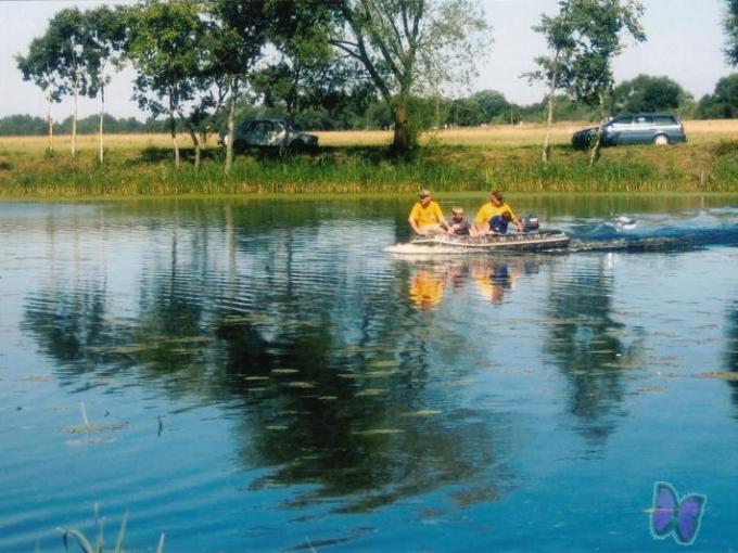 Bārtas upe un Toseles upe Makšķerēšana un nobraucieni ar laivu