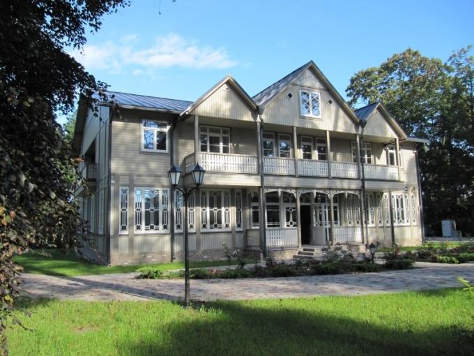 Wooden Villa Apartments