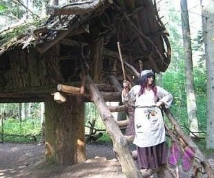 Dodies uz vakara pikniku Pasaku mežā(ARHĪVS)