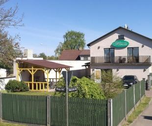Mazais Viesu māja