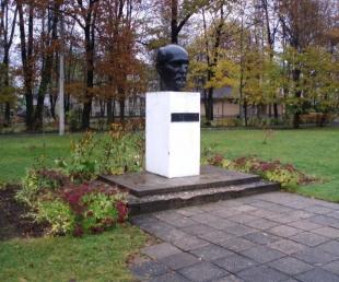 J. Raiņa skulpturāls portrets Rēzeknē