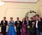 """Turpinot tradīciju, """"Trīs Latvijas tenori"""" un draugi ielūdz uz Mātes dienas koncertu """"Es sava'i māmiņa'i"""" 13. Maijā, plkst. 13.00, Igates pilī.(ARHĪVS)"""