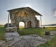 Руины церкви острова св. Мейнард