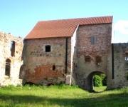 Aizputes Livonijas ordeņa pils (drupas).