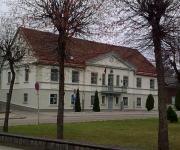 Bijusī Aizputes pilsētas domes ēka, tagadējā mākslas skola