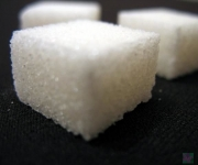 """Daugavpilī atklās cukura kolekciju izstādi """"Saldais duelis""""(ARHĪVS)"""